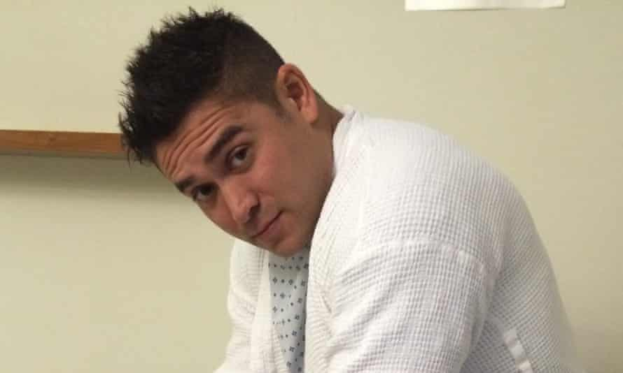 Ex Crimewatch presenter Rav Wilding is suing the production company behind Splash!, saying an injury he suffered while training for the diving show has derailed his career.