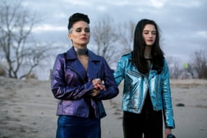 Natalie Portmand and Raffey Cassidy in Vox Lux.
