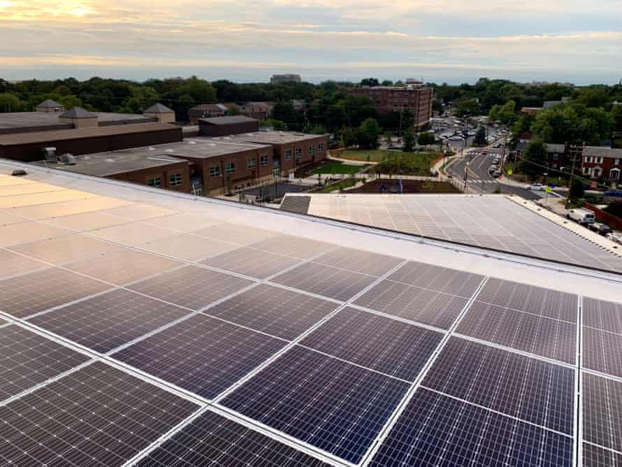 Alice West Fleet elementary school. Multiple studies have found that schools with optimized daylight increase student performance as natural lighting regulates melatonin and reinforces circadian wellness.