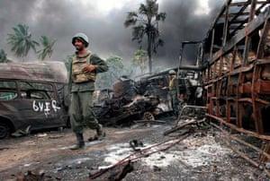 Burning vehicles near the town of Mullaittivu