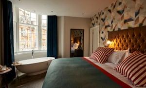Bristol Harbour Hotel bedroom
