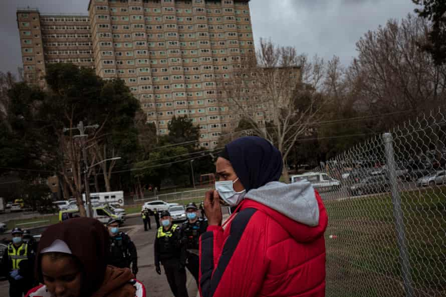 On 7 July Farhio and her sister and friends confronted police enforcing a lockdown on the Flemington complex, preventing them from seeing their parents inside.