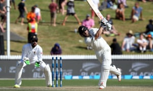 Kane Williamson (78 not out) will hold the key for New Zealand on day four at Hamilton, where the Black Caps need 47 more runs to reach a 2-0 series win.
