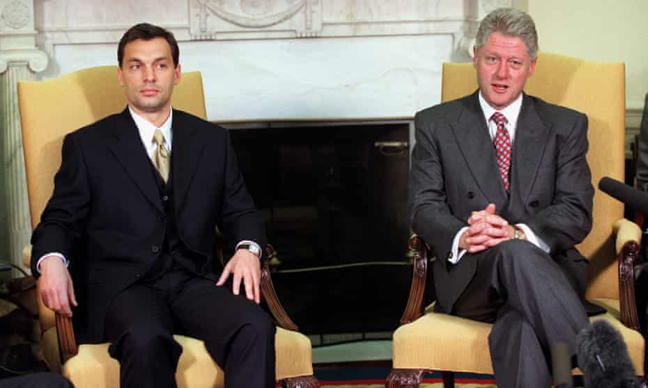 Bill Clinton and Viktor Orbán at the White House in 1998.