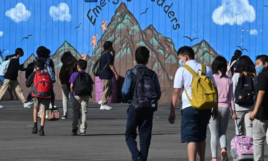 Students walk to class in Los Angeles