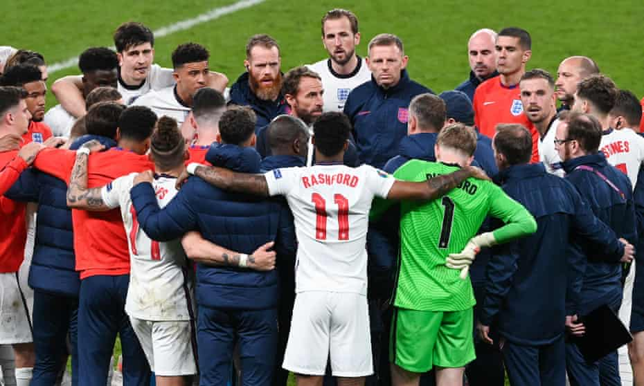 Gareth Southgate addresses his players and staff during a team meeting ahead of the penalty shoot-out against Italy in the Euro 2020 final.