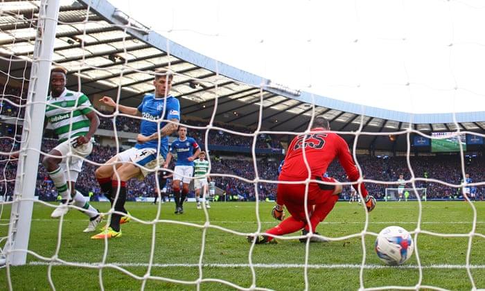 A Celtic Moussa Dembélé későn hagyja, hogy legyőzze a Rangers-t az Old Firm fesztiválon