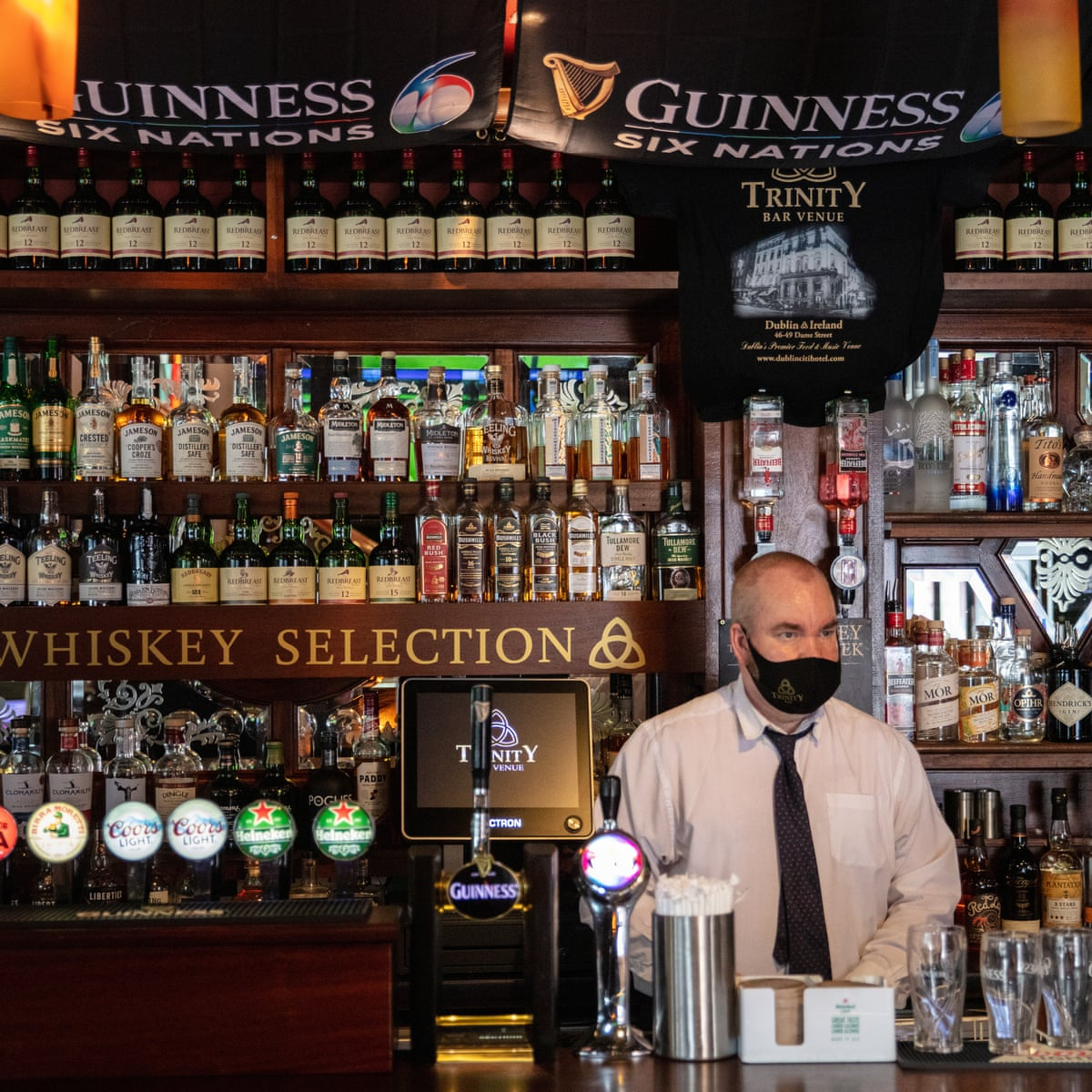 Irish pubs reopened: 'It's different but it's nice to be back'   Ireland    The Guardian