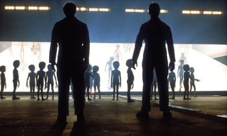 A scene from Close Encounters of the Third Kind by Steven Spielberg, 1977.
