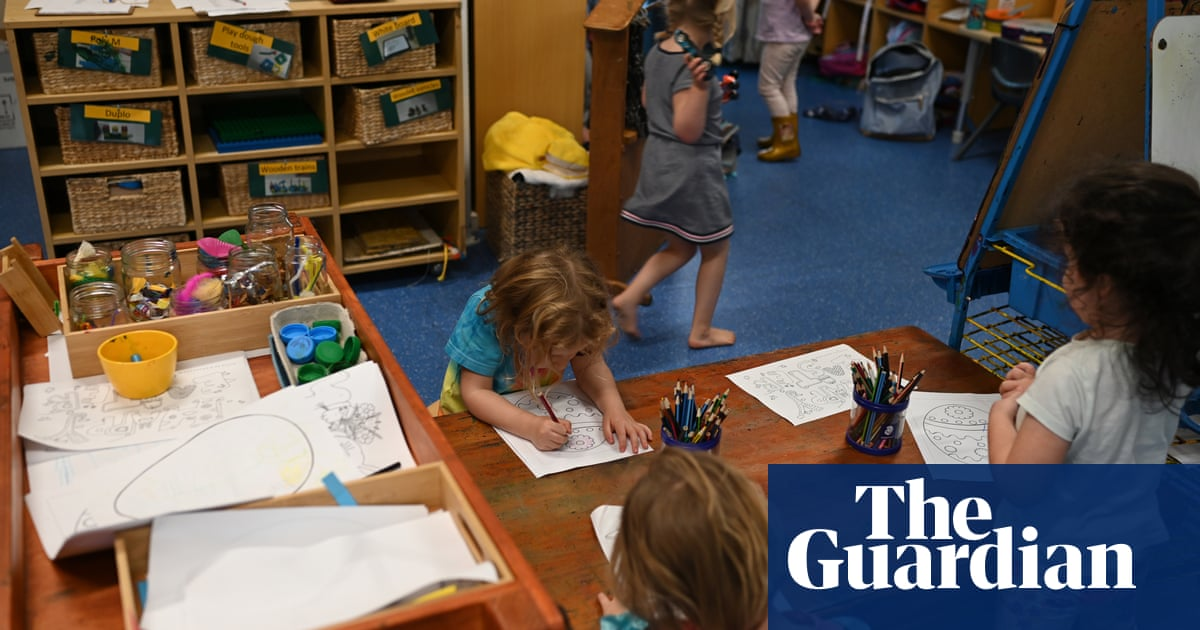 Australian inflation has biggest ever quarterly fall dropping 1.9% partly due to free childcare – The Guardian