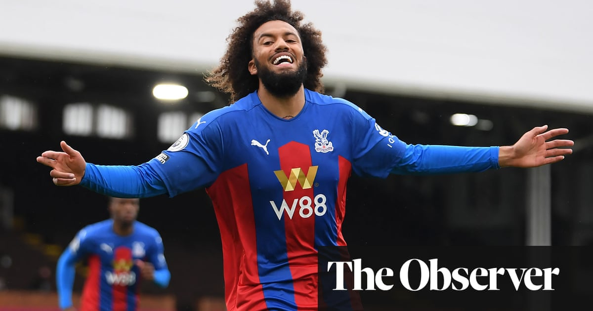 Riedewald and Zaha on target as Crystal Palace sink 10-man Fulham