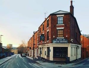 Exterior of he Bath Hotel pub, Sheffield