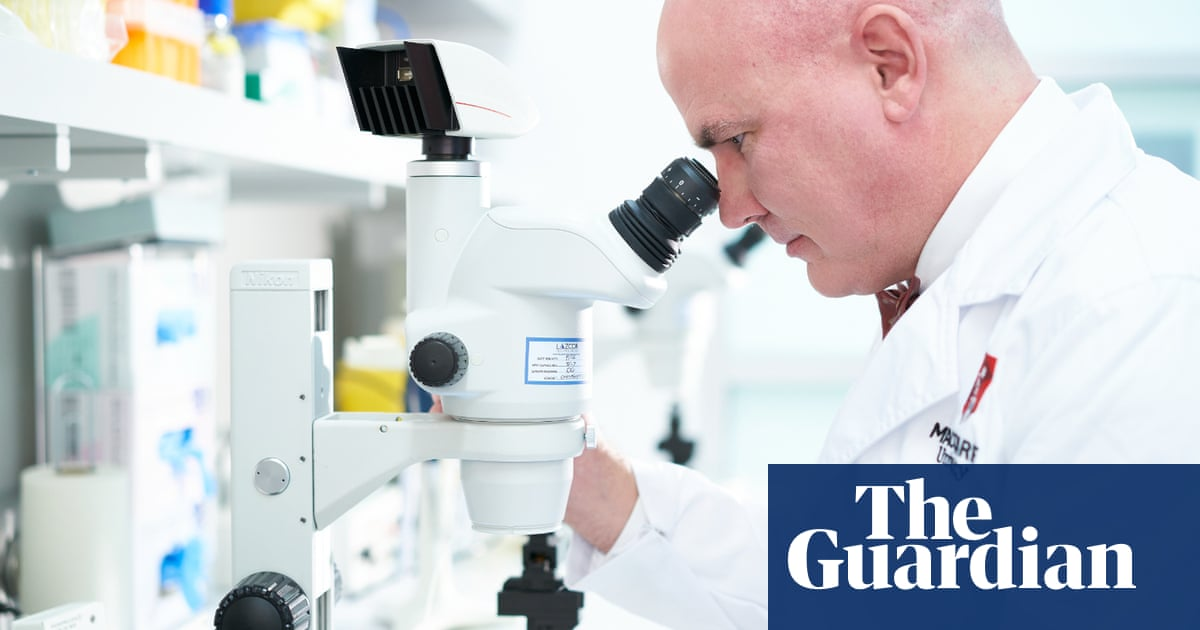 Is there a link between motor neurone disease and blue-green algae? NSW expert calls for closer look