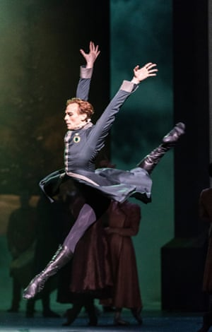 Edward Watson as Leontes in The Winter's Tale at Royal Opera House.