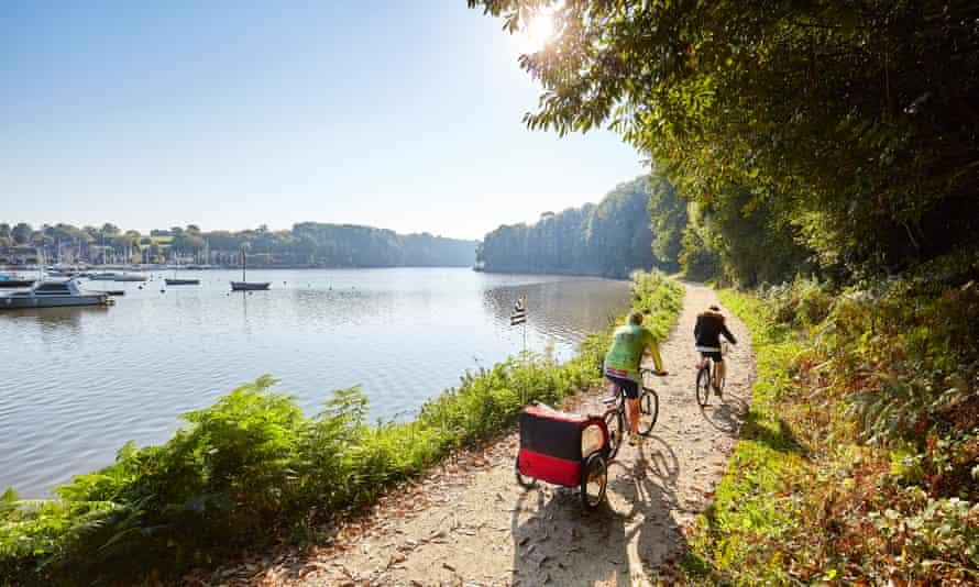 crtb-ad4297 LAMOUREUX-Alexandre - cycling on the Canal d'Ille et Rance et Vilaine