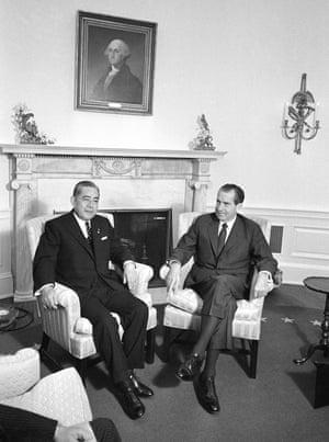 'Richard Nixon was foxed by elaborate Japanese politeness in 1969 when Eisaku Satō visited.'