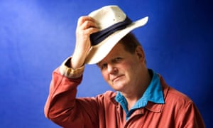 Michael Morpurgo seen before speaking at the Edinburgh International Book Festival, Edinburgh, Scotland. UK 18th August 2012 COPYRIGHT PHOTO BY MURDO MACLEOD All Rights Reserved Tel + 44 131 669 9659 Mobile +44 7831 504 531 Email: m@murdophoto.com STANDARD TERMS AND CONDITIONS APPLY (press button below or see details at http://www.murdophoto.com/T%26Cs.html No syndication, no redistribution, Murdo Macleods repro fees apply. Leabhar literature; author; writer; factual; fiction; novelist; books; official; international; EIF; entertainment arts; Leabhar