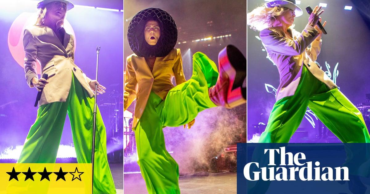 Róisín Murphy review – a triumphant dancefloor workout