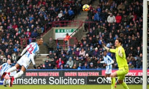 Tom Ince heads over the Bournemouth crossbar as Huddersfield lay siege to Asmir Begovic's goal.