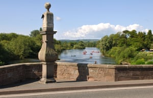 Sundial on Wilton Bridge, Ross-on-Wye, Herefordshire, England, UK