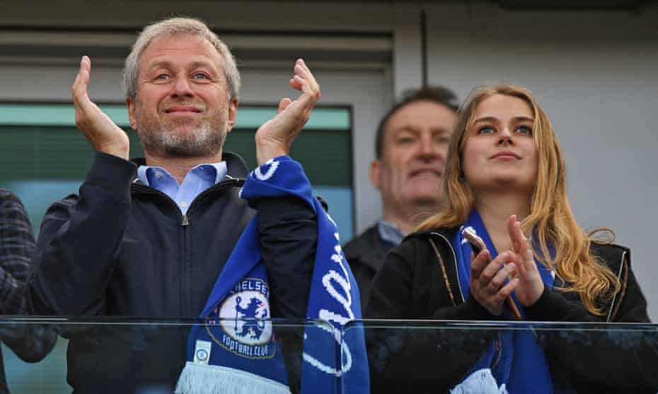 Chelsea owner Roman Abramovich (L) and his daughter Sofia (R) celebrate winning the Premier League title after the English Premier League soccer match between Chlesea FC and Sunderland at Stamford Bridge in London.