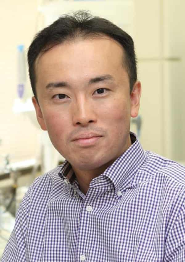 head and shoulders photo portrait of the scientist mitinori saitou