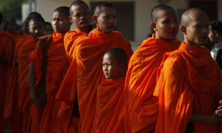 Buddhist monks queue to enter the courtroom before the hearings against Nuon Chea and Khieu Samphan in November 2018.
