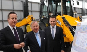 David Cameron tours JCB site with Bamford