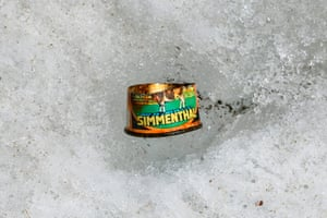An old can of meat found on the Mer de Glace after the melting of ice