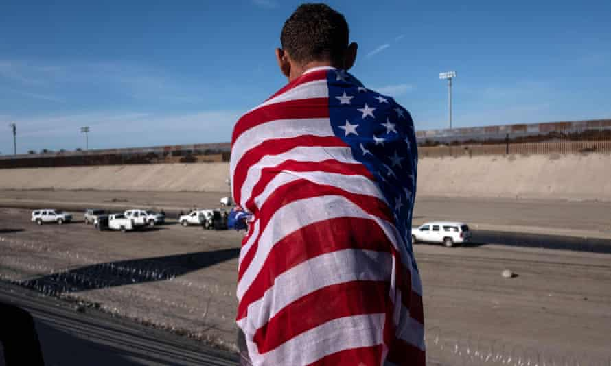 A Central American migrant looks at the riverbed of the Tijuana River near the El Chaparral border crossing by the US-Mexico border in Tijuana, Baja California state, Mexico on 25 November 2018.