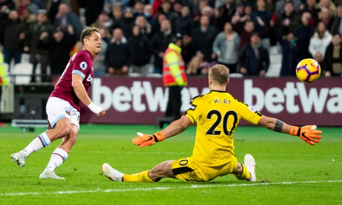 566d5d5ee5c Felipe Anderson double gives West Ham victory over Burnley in six-goal  thriller