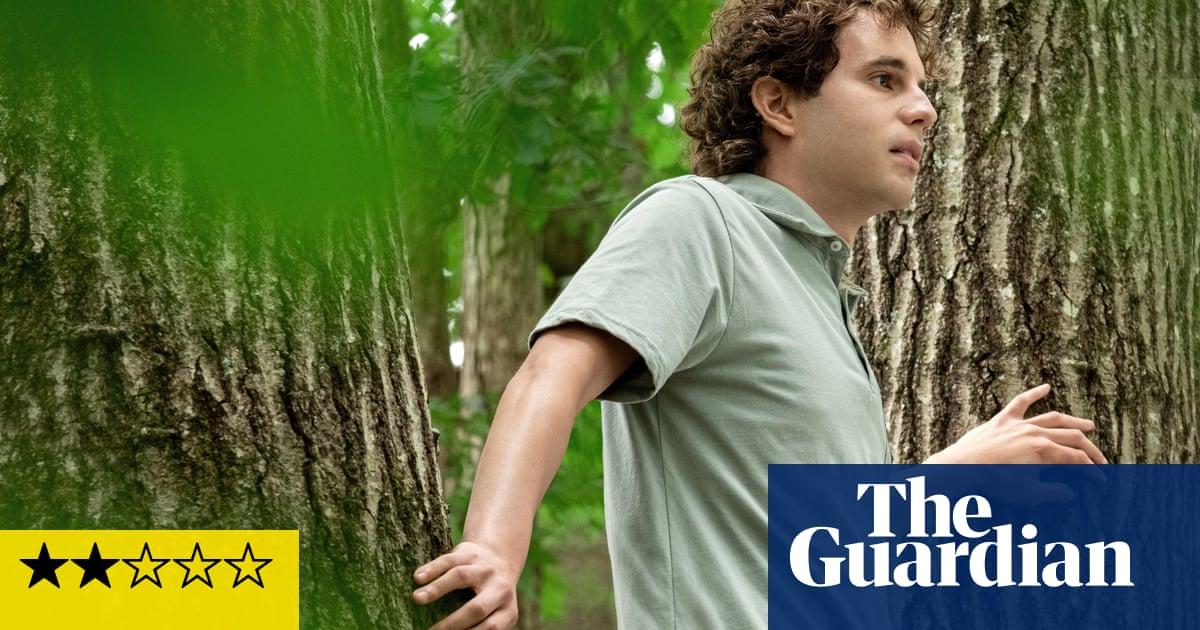 Dear Evan Hansen review – ghoulish Ben Platt sinks high school musical