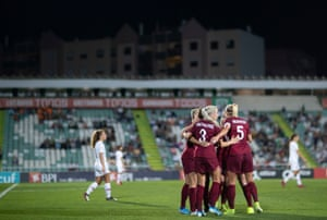 England celebrate Beth Mead's goal against Portugal