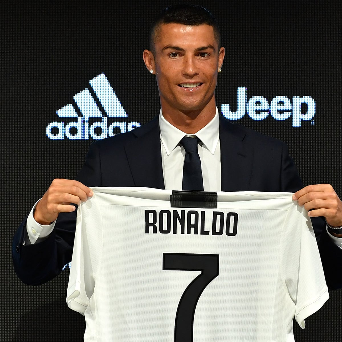Cristiano Ronaldo Vows To Make Mark At Juventus After Seizing Opportunity Football The Guardian
