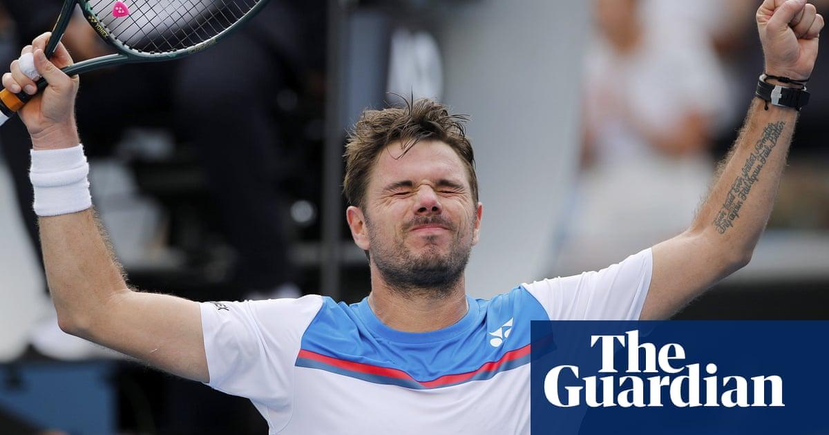 Stan Wawrinka battles past Medvedev to set up quarter-final with Zverev