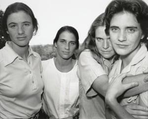 Nicholas Nixon, The Brown Sisters, East Greenwich, Rhode Island, 1980