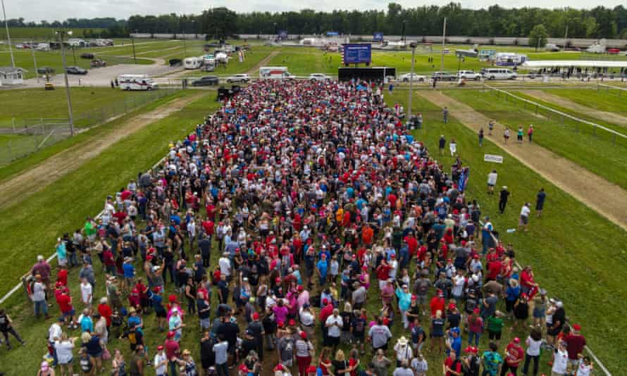 A drone photo shows crowds gathering in Wellington, Ohio.