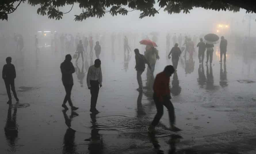 Heavy rainfall and dust in the northern town of Shimla in Himachal Pradesh state.