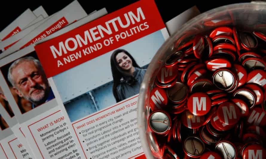 Momentum flyers and badges