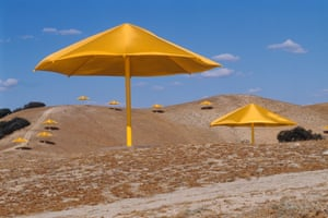 1991, California. The Umbrellas. Christo erected 1,760 yellow umbrellas across the Tejon Pass landscape.