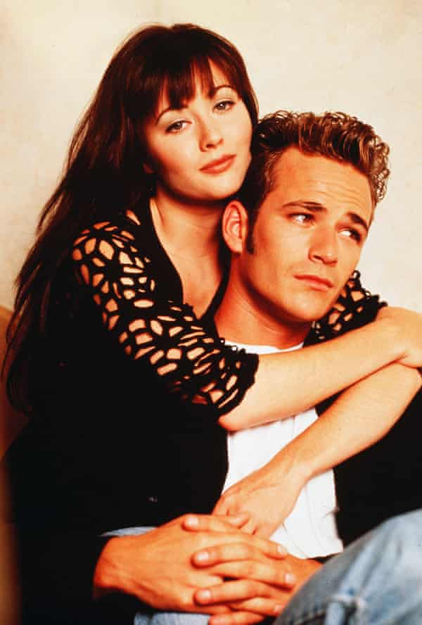 Luke Perry with Shannon Doherty in Beverly Hills, 90210.