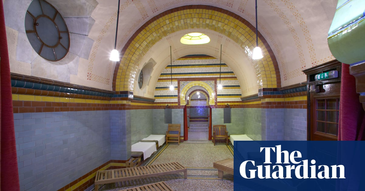 'It's prudery': Turkish baths in Yorkshire mulls nudity ban