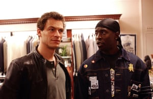 Michael K Williams as Omar Little with Dominic West as Jimmy McNulty in a scene from The Wire, 2005