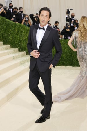 Leave it to Adrien Brody to look so suave in a classic tuxedo