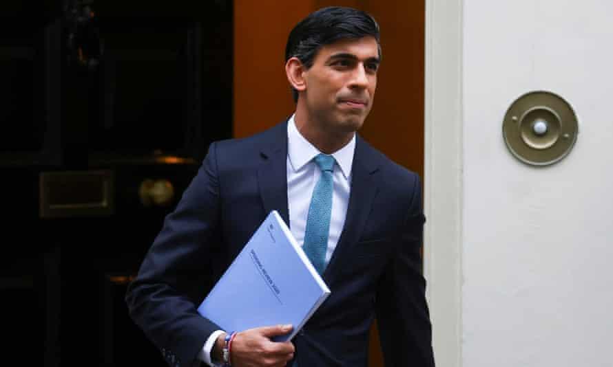 Rishi Sunak leaving Downing Street