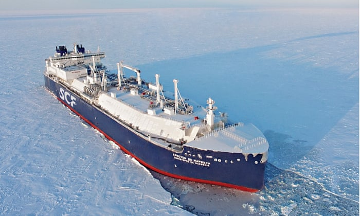 Russian tanker sails through Arctic without icebreaker for first