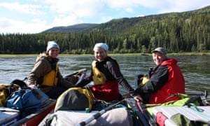 Women only canoe trip on the Yukon river with Frontier Canada