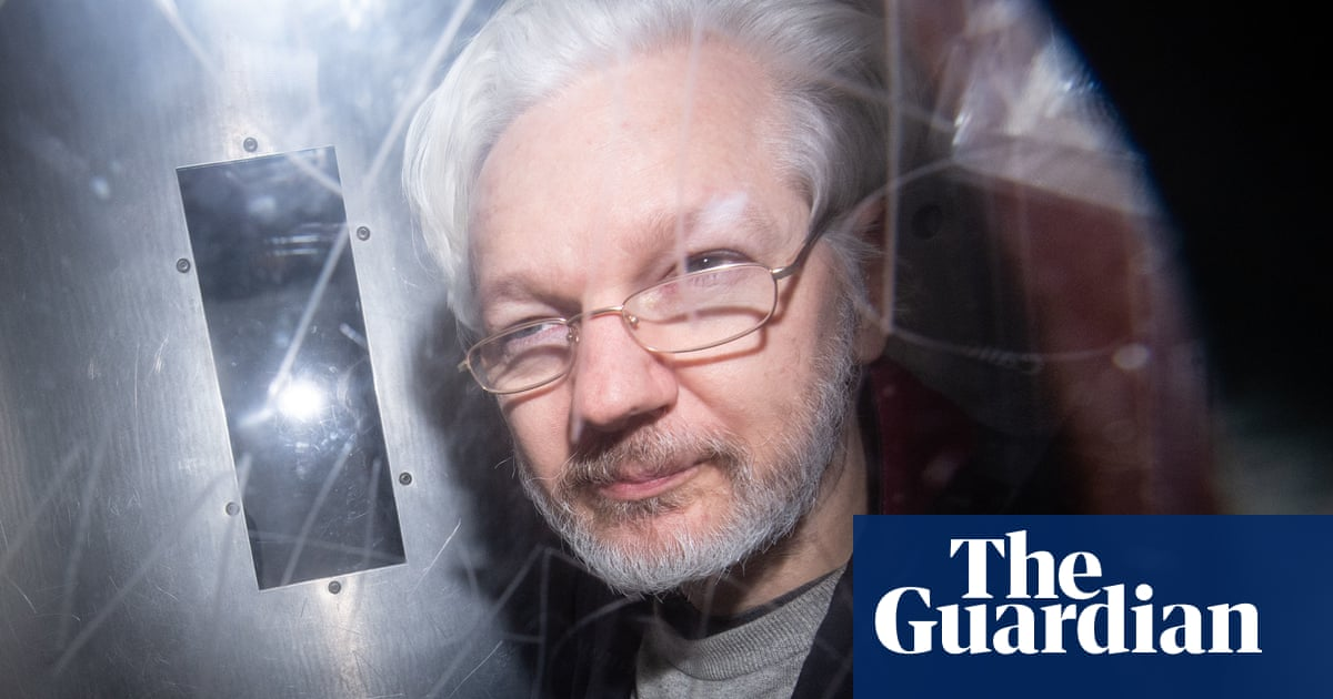 Julian Assange: Australian MPs call on UK to block US extradition