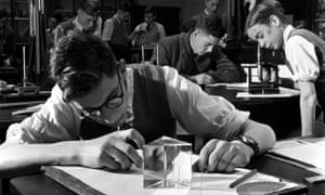 A physics lesson at Manchester Grammar School in 1950