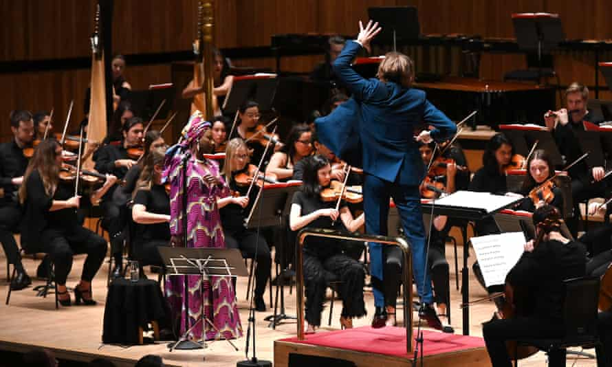 The London Contemporary Orchestra conducted by Robert Ames perform Philip Glass: The Bowie Symphonies with Angélique Kidjo.